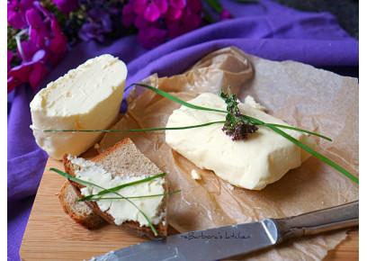 Výroba domáceho masla zo smotany
